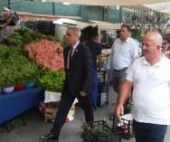 Çekmeköy Bel.Zb.Md.Mehmet Ekşi ve Pazar denetim ekibi ile birlikte Taşdelen Pazar Pazarı'nda esnaflarımızla istişarelerde bulunduk..